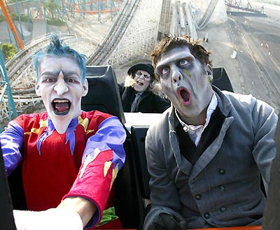 Halloween Fright Nights at Theme Parks