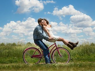 Summer Bucket Lists Provide Endless Fun for Couples
