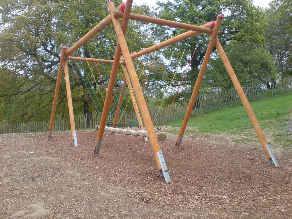 Snake Swing playground equipment for Teens