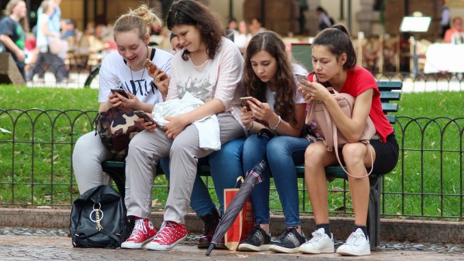 Outdoor activities for teenage girls