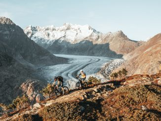 3 e-bikes on the glacier haute route in the French Alps
