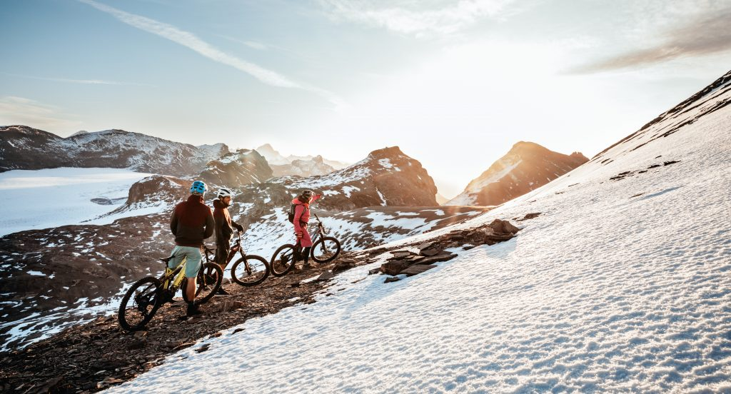e-bike guided tours in the Swiss Alps
