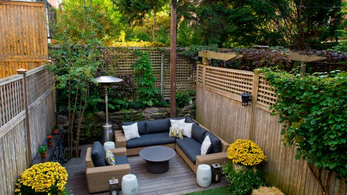 Outdoor entertaining in your garden